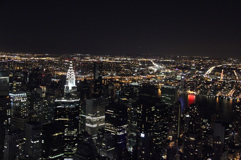 Vista do Empire State, à noite