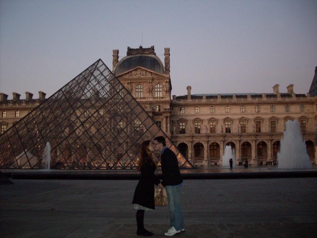 Pedido casamento Louvre Paris