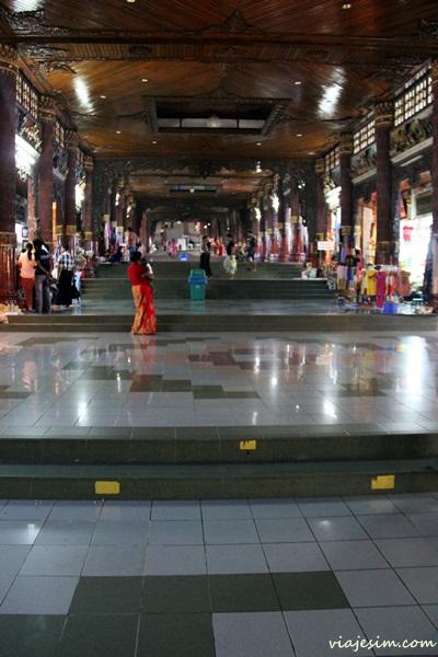 Myanmar Birmânia Burma Yangon Shwedagon Pagoda