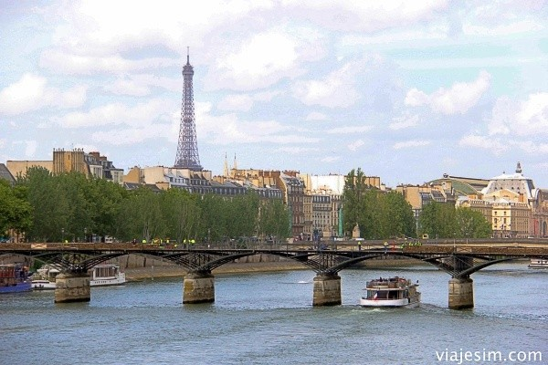 viagem agendada a paris após atentados o que fazer