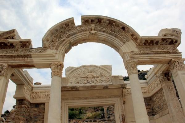 Éfeso na Turquia como chegar a Éfeso qual cidade dormir bate-volta Istambul IMG_5134