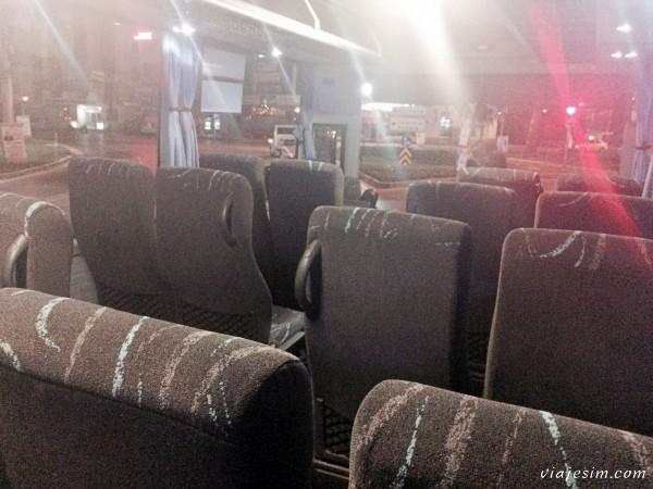 Viajar de ônibus na Turquia Izmir Denizli Capadócia
