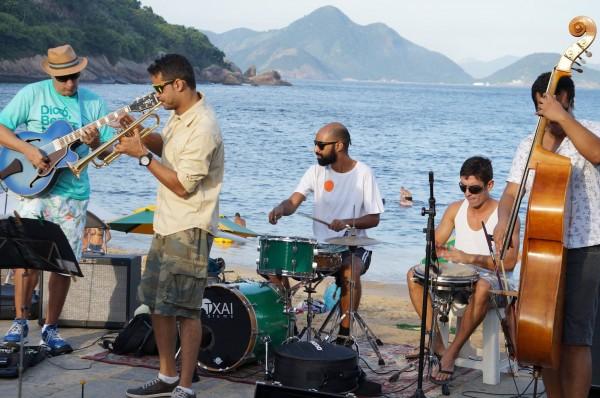 jazz na praia vermelha programa gratuito na Urca