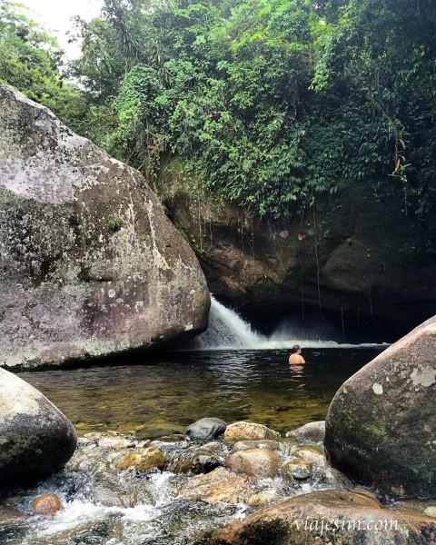 cachoeira poço verde teresópolis parnaso
