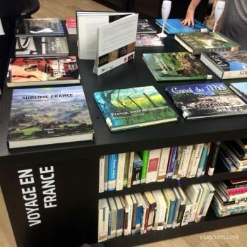 A Maison: livros, filmes e champagne francês com a vista do Rio no centro da cidade
