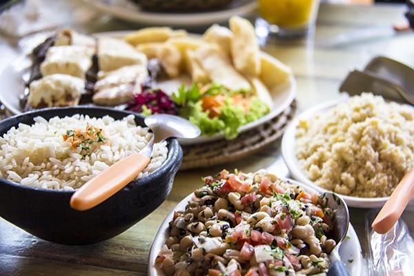 Onde comer em Porto de Galinhas Restaurante João Acompanhamentos da carne de sol